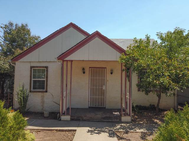 3225 Veda St, Redding, CA 96001 (#21-3715) :: Waterman Real Estate