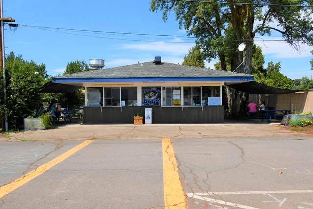 44218 Walnut St, McArthur, CA 96056 (#21-4006) :: Waterman Real Estate