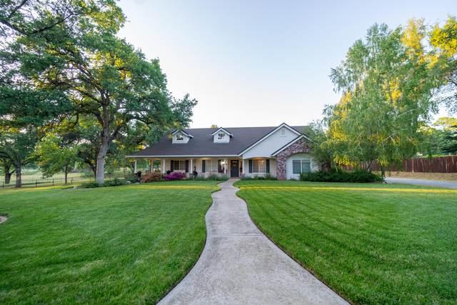 19262 Stonegate Dr, Cottonwood, CA 96022 (#21-4047) :: Vista Real Estate