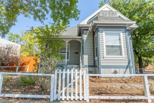 1823 Pine St, Redding, CA 96001 (#21-4102) :: Real Living Real Estate Professionals, Inc.