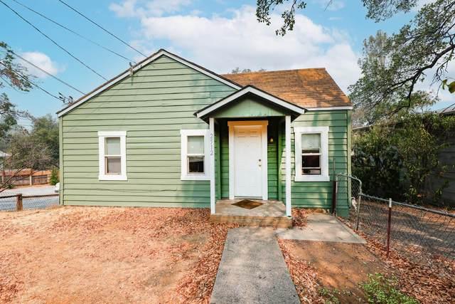 2512 Butte St, Redding, CA 96001 (#21-4131) :: Waterman Real Estate