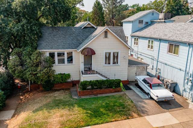 1105 Eureka Way, Redding, CA 96001 (#21-4163) :: Wise House Realty