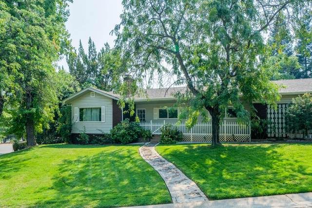 1000 Royal Oaks Dr, Redding, CA 96001 (#21-4189) :: Wise House Realty