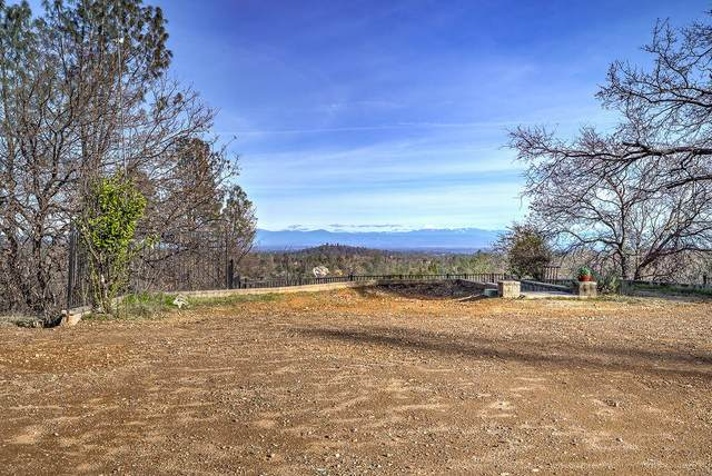 15217 Mountain Shadows, Redding, CA 96001 (#21-4259) :: Waterman Real Estate