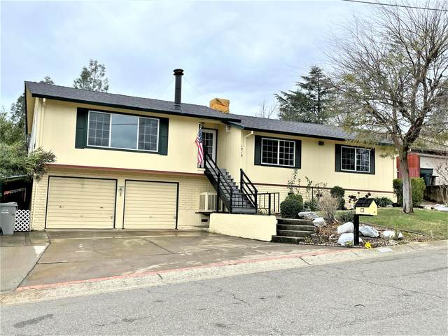 1919 Manchester Dr, Redding, CA 96002 (#21-429) :: Wise House Realty
