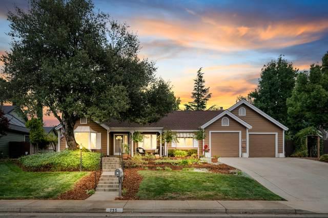 735 Sunriver Ln, Redding, CA 96001 (#21-4312) :: Waterman Real Estate