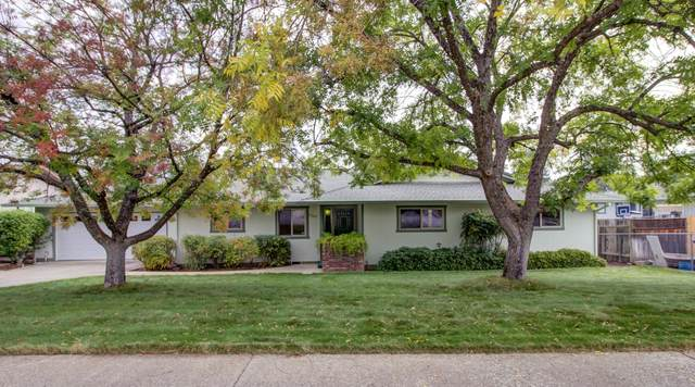 3220 Stratford Ave, Redding, CA 96001 (#21-4320) :: Wise House Realty