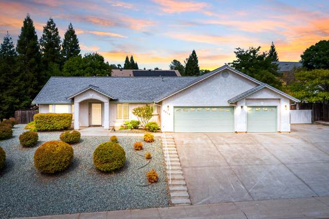4415 Trinity St, Shasta Lake, CA 96019 (#21-4326) :: Vista Real Estate