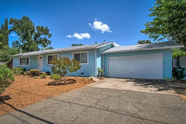 1433 Mussel Shoals Ave, Shasta Lake, CA 96019 (#21-4441) :: Vista Real Estate