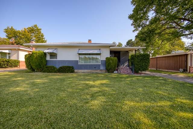 950 Gold St, Redding, CA 96001 (#21-4457) :: Real Living Real Estate Professionals, Inc.