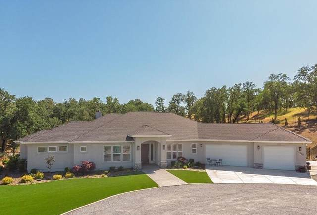 12600 River Oaks Pl, Bella Vista, CA 96008 (#21-4481) :: Vista Real Estate