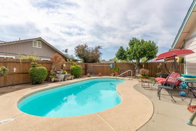 1623 Sterling Dr, Redding, CA 96003 (#21-4516) :: Vista Real Estate