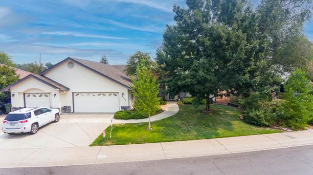 2255 Siena Ave, Redding, CA 96001 (#21-4521) :: Waterman Real Estate