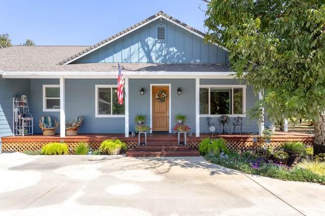 5225 Country Farms Ln, Anderson, CA 96007 (#21-4529) :: Vista Real Estate