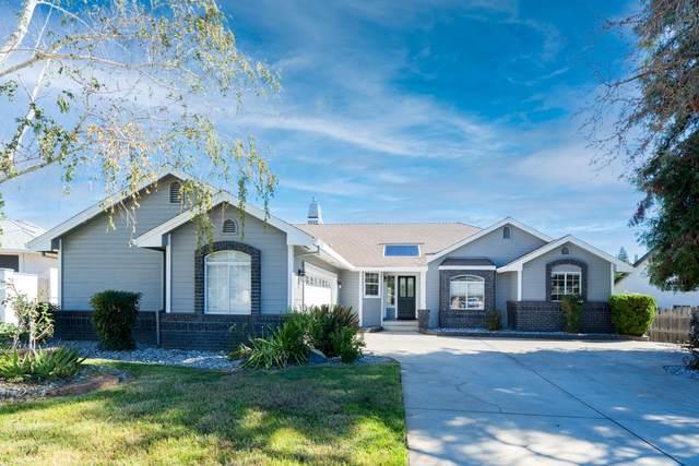 3733 Fairoaks Ct, Redding, CA 96001 (#21-4533) :: Waterman Real Estate