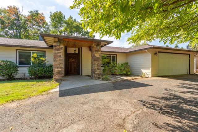 1791 Filaree Dr, Redding, CA 96002 (#21-4542) :: Vista Real Estate