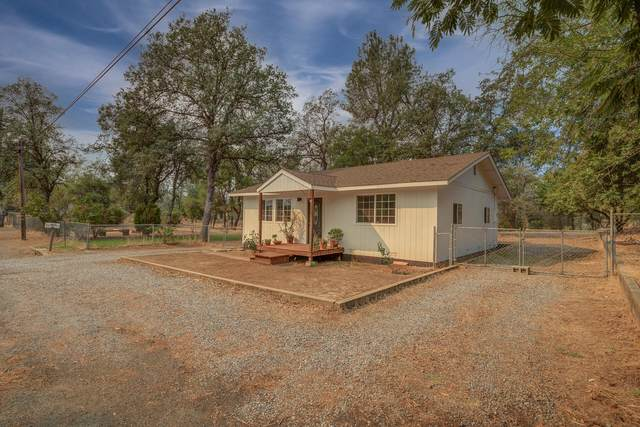 2858 Virginia Ave, Shasta Lake, CA 96019 (#21-4574) :: Wise House Realty