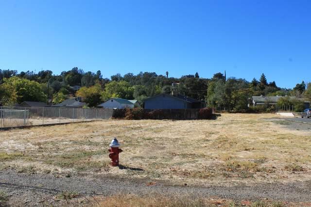 3404 Railroad Ave, Redding, CA 96001 (#21-46) :: Waterman Real Estate