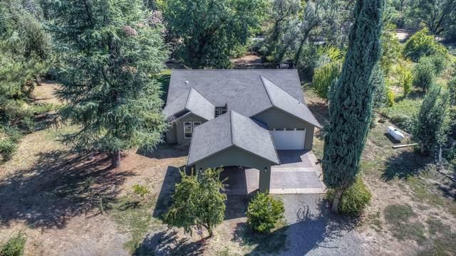 19837 Valley Ln, Redding, CA 96002 (#21-4664) :: Waterman Real Estate