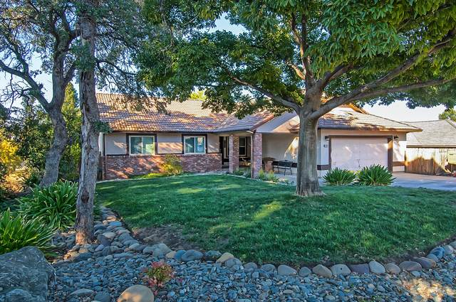 2089 Quartz Way, Redding, CA 96001 (#21-4696) :: Wise House Realty