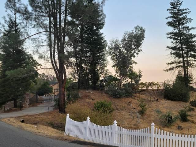 15269 Middletown Park Dr, Redding, CA 96001 (#21-4710) :: Waterman Real Estate