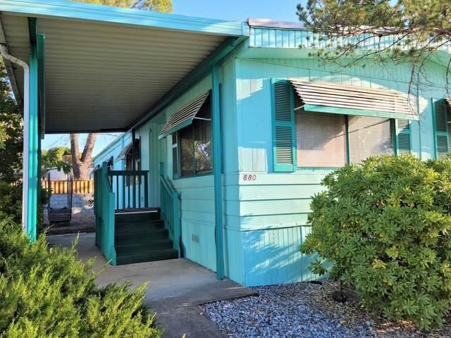 880 Little Deer Ln, Redding, CA 96003 (#21-4728) :: Waterman Real Estate