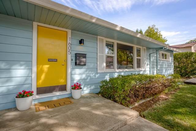 1605 Verda St, Redding, CA 96001 (#21-4791) :: Waterman Real Estate