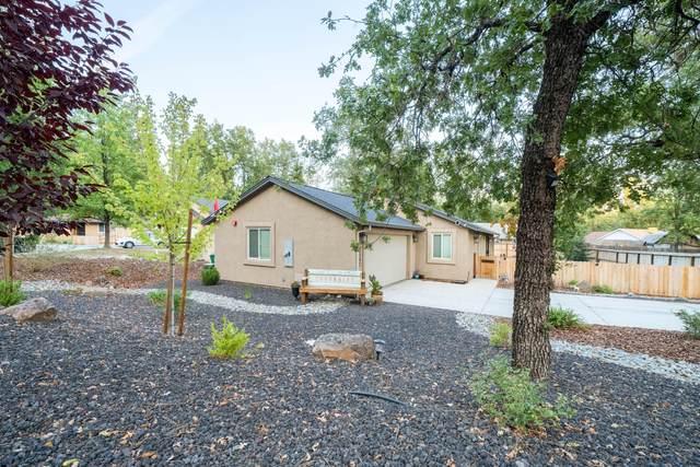 2567 Smith Avenue, Shasta Lake, CA 96019 (#21-4802) :: Wise House Realty