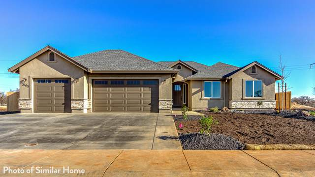 3522 Laver St, Redding, CA 96002 (#21-4827) :: Wise House Realty