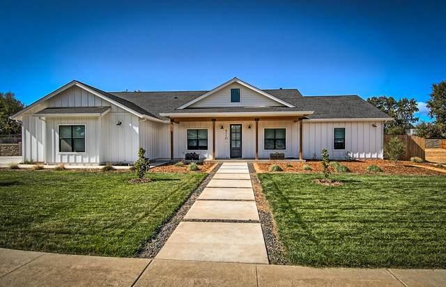 9110 Grand Manor Dr, Palo Cedro, CA 96073 (#21-4857) :: Waterman Real Estate