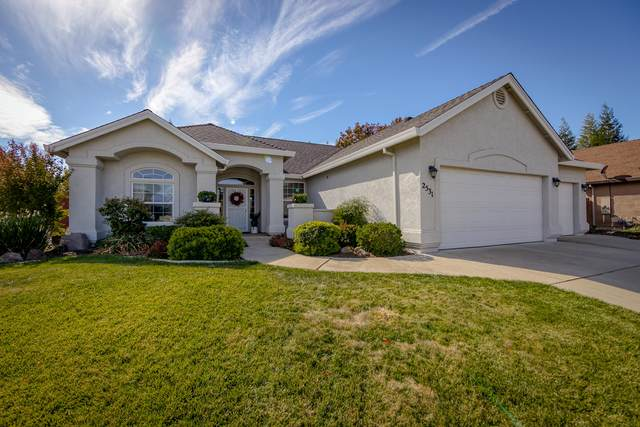 2531 Warm Spring Ln, Redding, CA 96003 (#21-4865) :: Vista Real Estate
