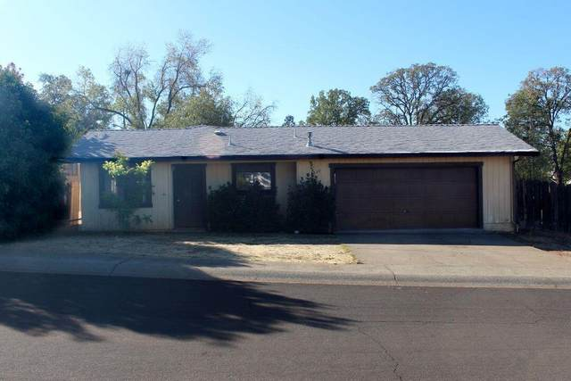 1833 Cedarwood Dr, Redding, CA 96002 (#21-4871) :: Vista Real Estate