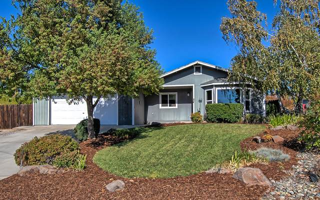 1726 Almaden Dr, Redding, CA 96001 (#21-4890) :: Waterman Real Estate