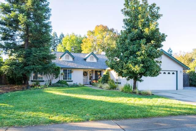 2499 Castlewood Dr, Redding, CA 96002 (#21-4895) :: Vista Real Estate