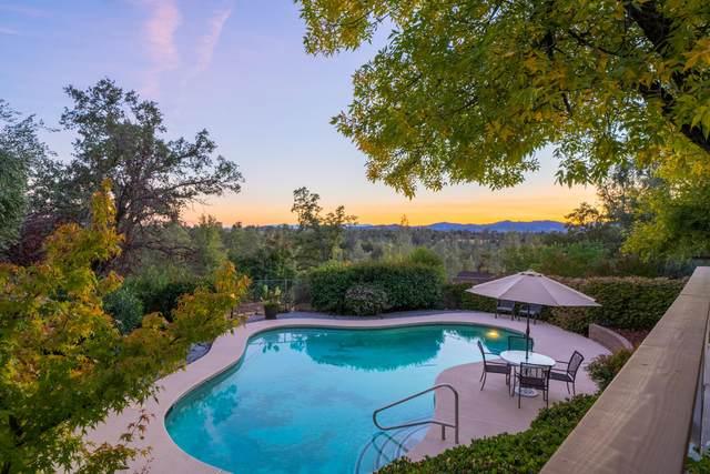 3345 Golden Heights Dr, Redding, CA 96003 (#21-4899) :: Waterman Real Estate