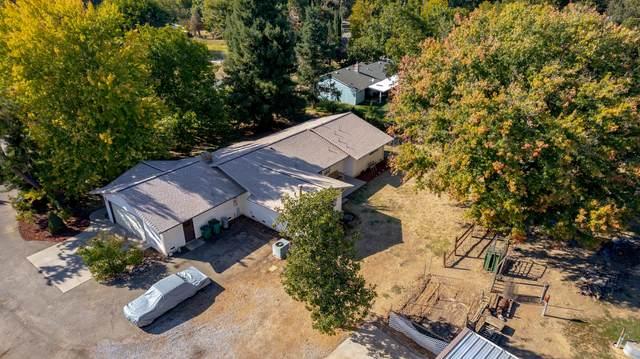 4829 Pheasant Dr, Anderson, CA 96007 (#21-4922) :: Vista Real Estate