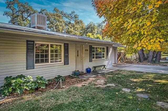 3305 Nicolet Ln, Redding, CA 96001 (#21-4931) :: Waterman Real Estate