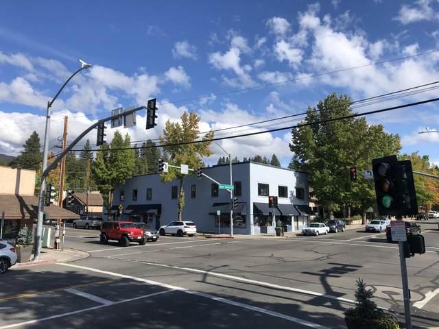 230 N Mt Shasta Blvd, Mt. Shasta, OR 96067 (#21-4932) :: Waterman Real Estate