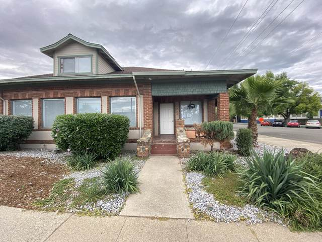 1702-1708 Placer Street, Redding, CA 96001 (#21-4951) :: Wise House Realty