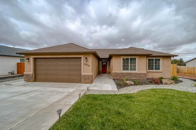 20252 Ballentine Dr, Anderson, CA 96007 (#21-4978) :: Waterman Real Estate