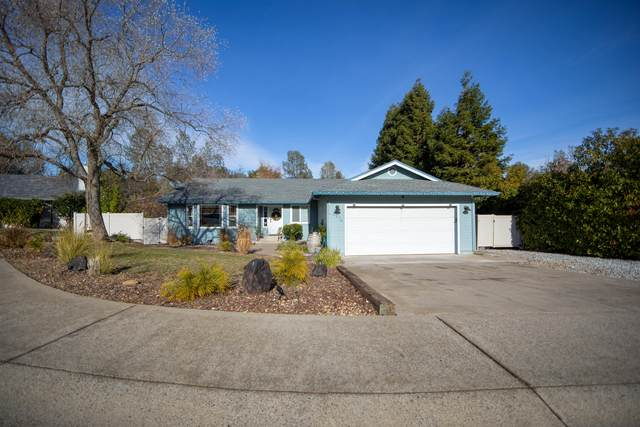 2276 Wicklow St, Redding, CA 96001 (#21-50) :: Vista Real Estate