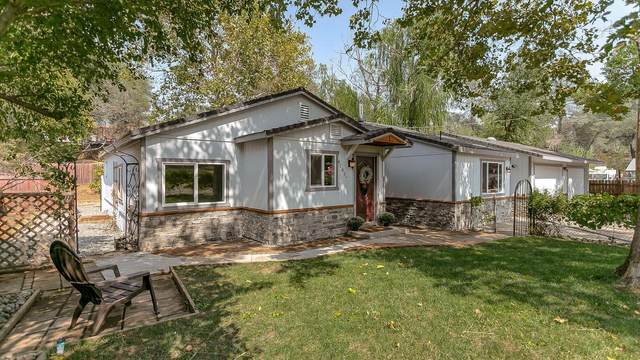 4181 Johnson St, Shasta Lake, CA 96019 (#21-5026) :: Waterman Real Estate