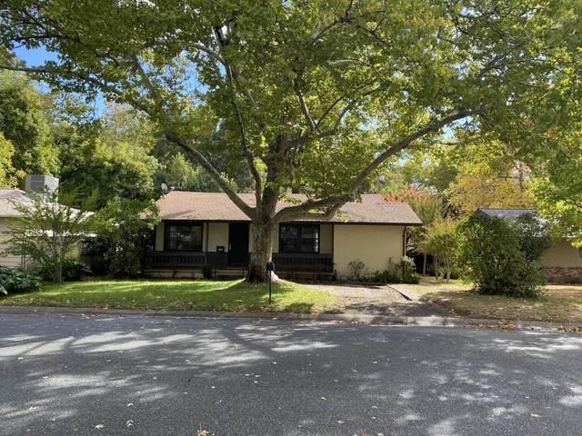 707 Coronado St, Redding, CA 96003 (#21-5036) :: Coldwell Banker C&C Properties