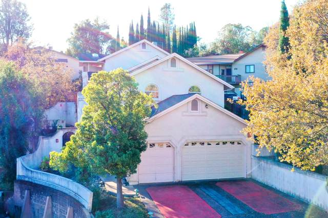 1923 Sonoma St, Redding, CA 96001 (#21-754) :: Wise House Realty