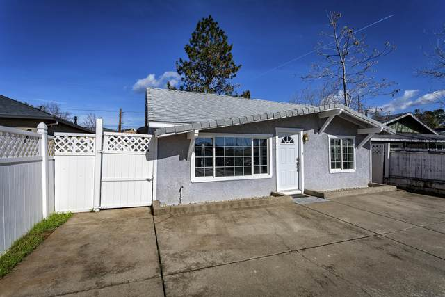 4147 Fort Peck St, Shasta Lake, CA 96019 (#21-823) :: Real Living Real Estate Professionals, Inc.