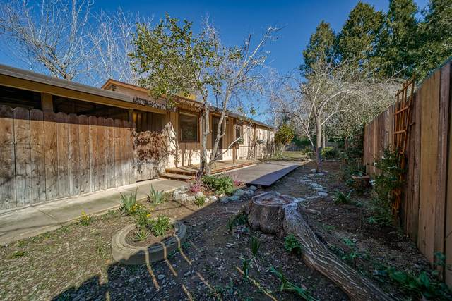 468 Rio St, Redding, CA 96001 (#21-874) :: Real Living Real Estate Professionals, Inc.