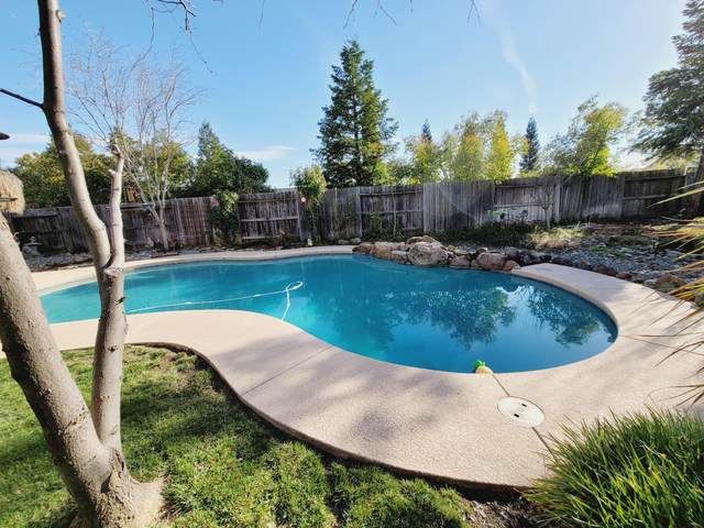 4324 Epping Ct, Shasta Lake, CA 96019 (#21-906) :: Real Living Real Estate Professionals, Inc.
