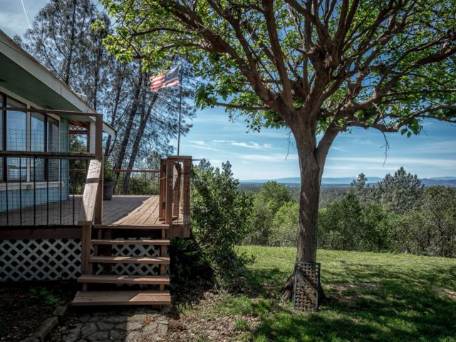 19413 Lee View Ln, Redding, CA 96003 (#19-2265) :: 530 Realty Group