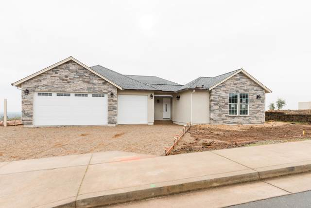 4404 Risstay Way, Shasta Lake, CA 96019 (#19-5835) :: Wise House Realty