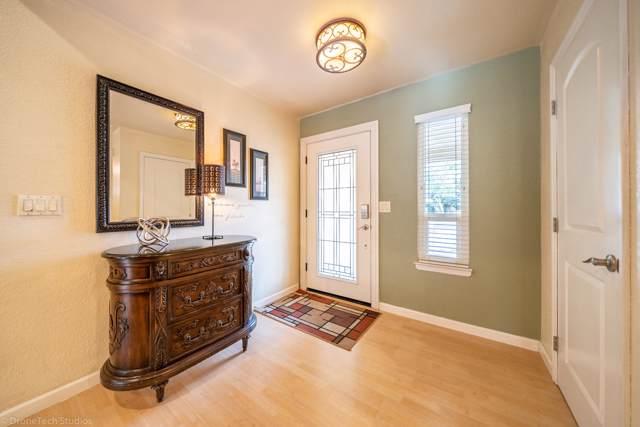 1553 Arroyo Manor, Redding, CA 96003 (#19-5909) :: Wise House Realty